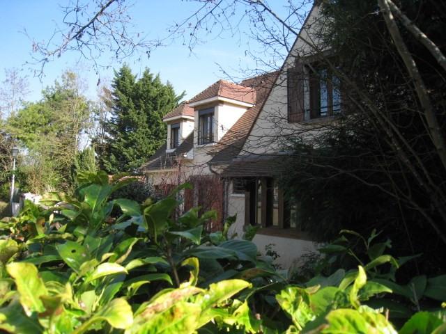 Deluxe sale house / villa Bougival 950000€ - Picture 1