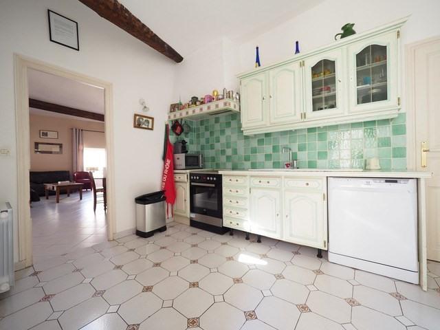 Sale apartment Nimes 210000€ - Picture 2