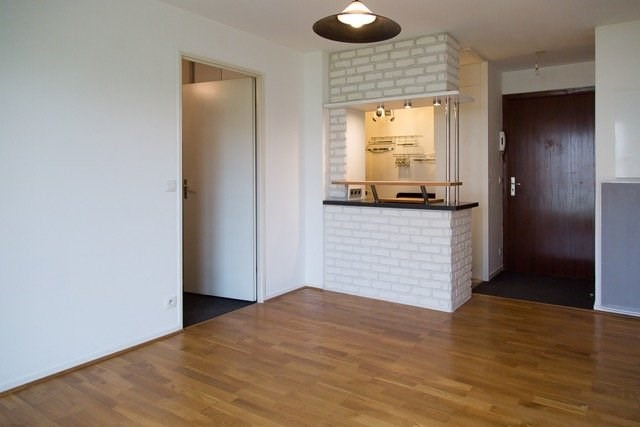 Sale apartment Caen 99000€ - Picture 1