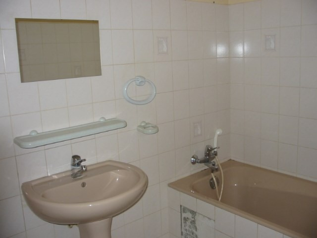 Rental apartment Craponne 655€ CC - Picture 3