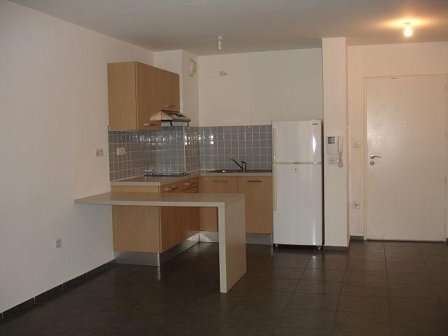 Location appartement Ste clotilde 562€ CC - Photo 3