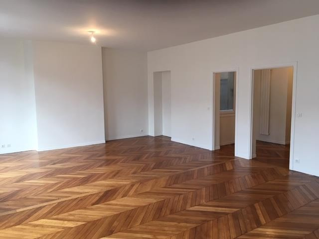 Location appartement Paris 17ème 4 601€ CC - Photo 3