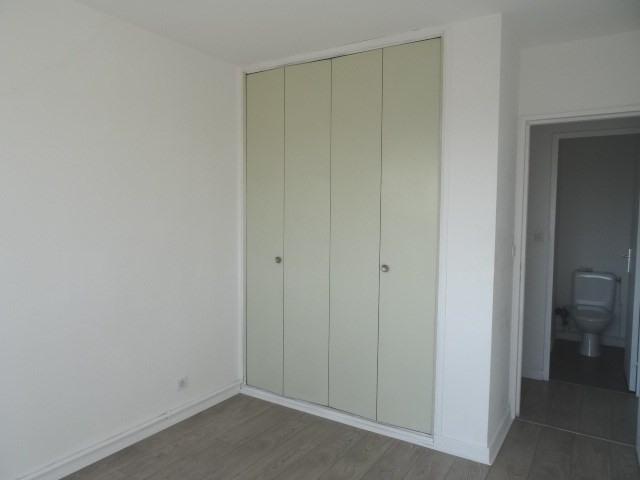 Location appartement Villefranche sur saone 611,42€ CC - Photo 5