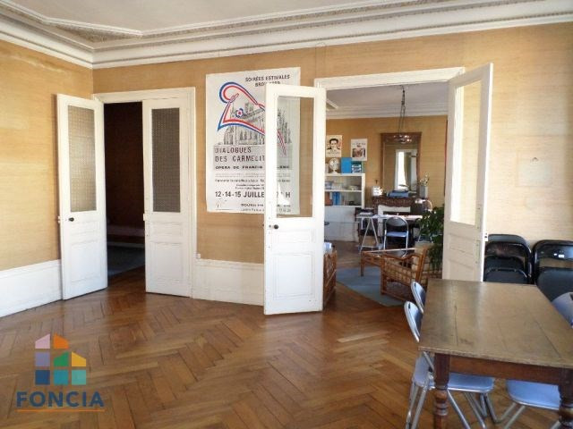 Sale apartment Bourg-en-bresse 220000€ - Picture 4