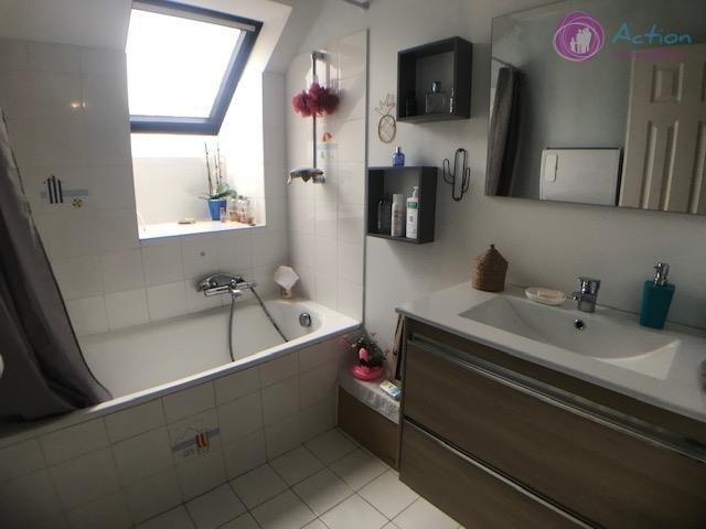 Sale house / villa Lesigny 470000€ - Picture 10