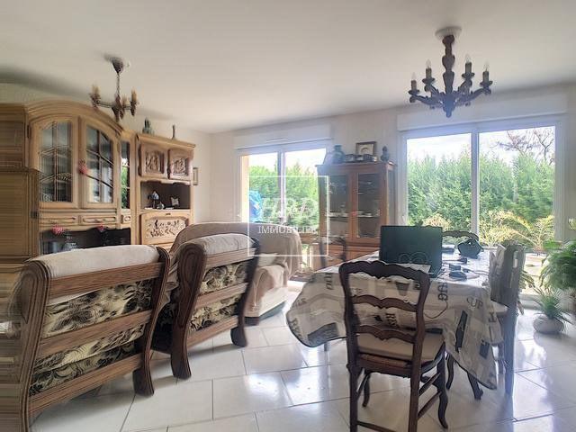 Sale house / villa Guntzviller 211000€ - Picture 7