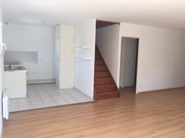 Rental apartment Juvisy sur orge 954€ CC - Picture 2