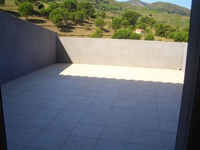 Location maison / villa Port vendres 930€ CC - Photo 4