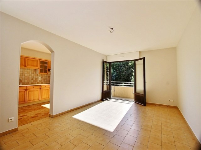Sale apartment Annecy 318 000€ - Picture 2