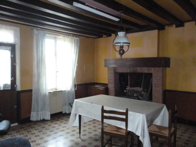 Vente maison / villa Saint martin des bois 79860€ - Photo 2