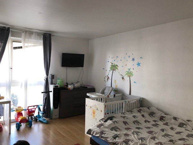Location appartement Colombes 725€ CC - Photo 1