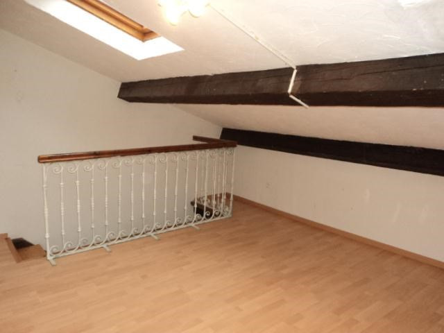 Location appartement Bully 800€ CC - Photo 4