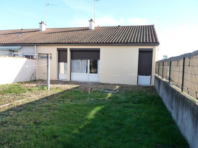 Sale house / villa Feurs 130000€ - Picture 1