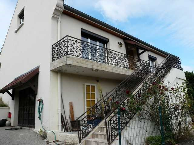 Vente maison / villa Saint-genest-lerpt 299 900€ - Photo 1