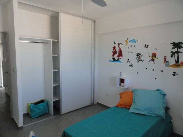 Location appartement La saline les bains 884€ CC - Photo 8