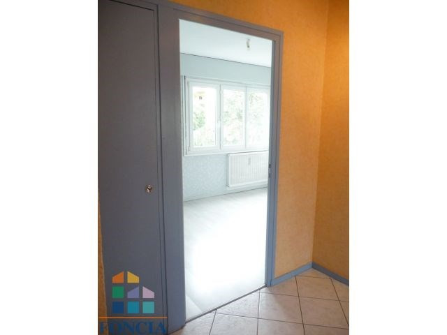 Verhuren  appartement Chambéry 585€ CC - Foto 4