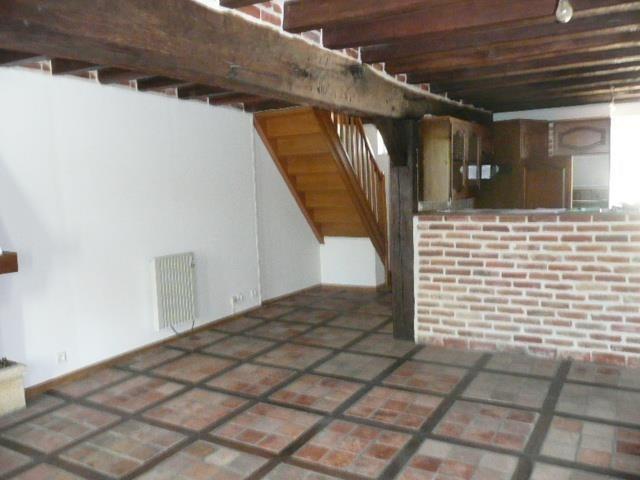 Rental house / villa Menetreol sur sauldre 436€ CC - Picture 2