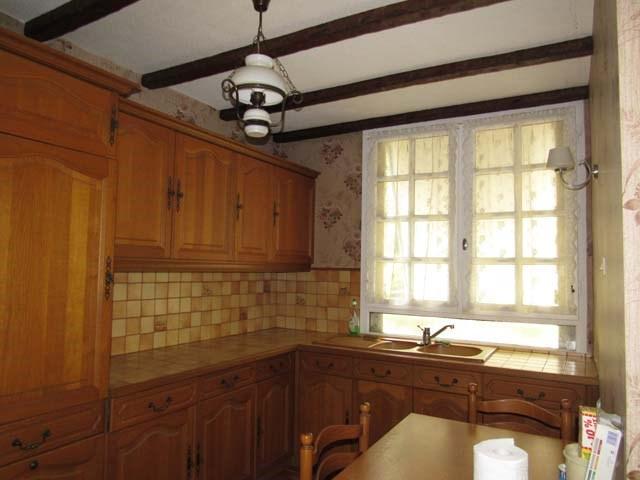 Sale house / villa Saint-jean-d'angély 80250€ - Picture 5
