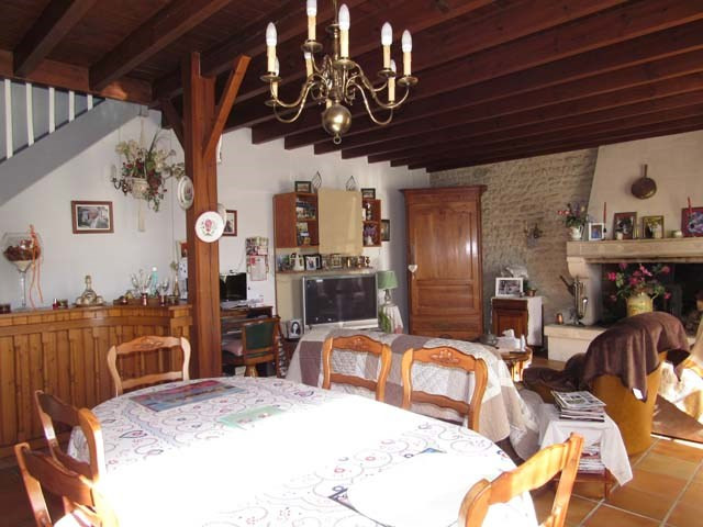 Vente maison / villa Saint jean d'angely 111 750€ - Photo 6