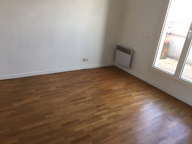 Rental apartment Courbevoie 2 300€ CC - Picture 9