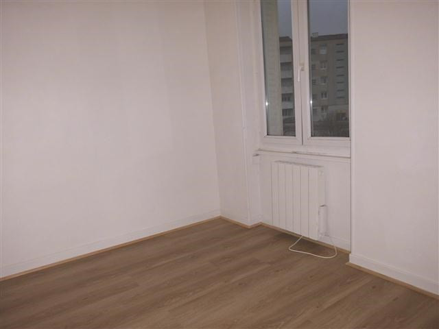 Location appartement Belleville sur saone 355€ CC - Photo 5
