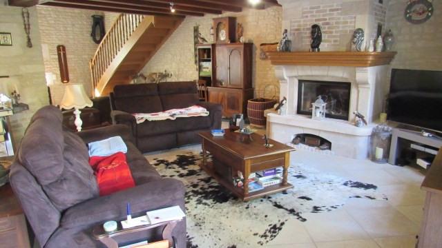 Sale house / villa Saint-jean-d'angély 582400€ - Picture 6