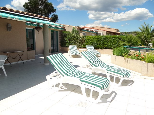 Vacation rental apartment Cavalaire 800€ - Picture 4