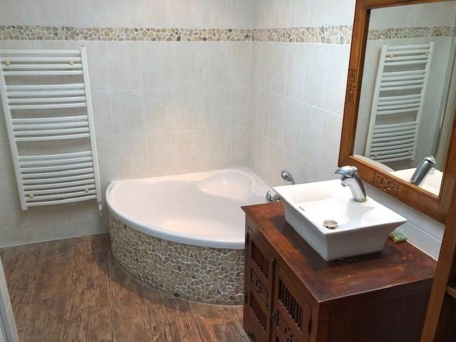 Sale house / villa Vaux sur mer 357000€ - Picture 10