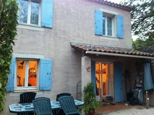 Location maison / villa Cavaillon 894€ CC - Photo 4