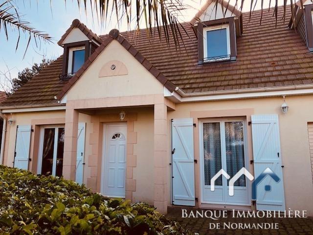 Sale house / villa Courseulles sur mer 370000€ - Picture 1