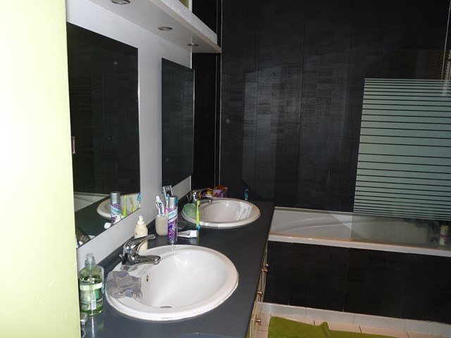 Verkoop  huis Chalain-le-comtal 179000€ - Foto 8