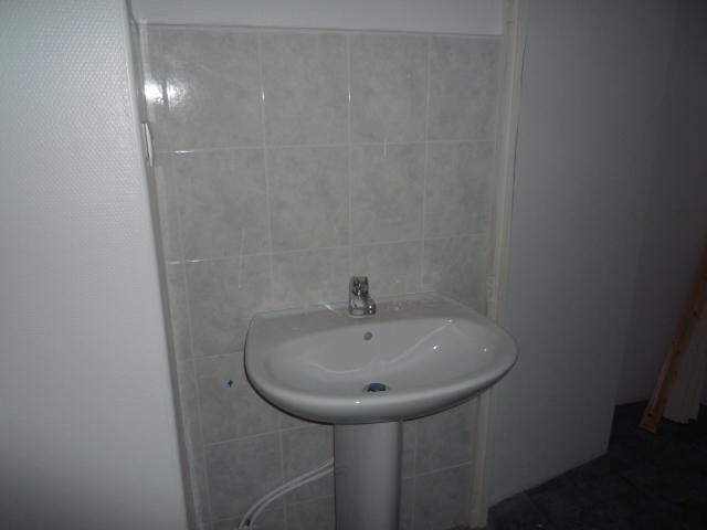 Location appartement Terrasson la villedieu 340€ CC - Photo 9