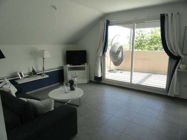 Location appartement La saline les bains 884€ CC - Photo 1