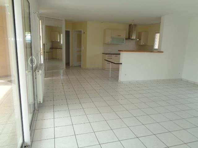 Sale house / villa Lapouyade 188000€ - Picture 3
