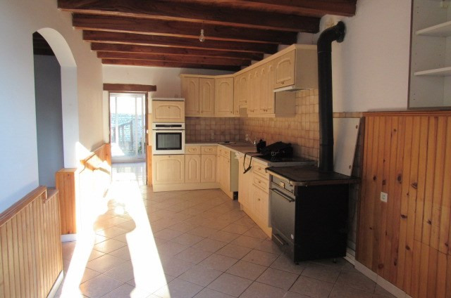 Vente maison / villa Taillant 117 000€ - Photo 2