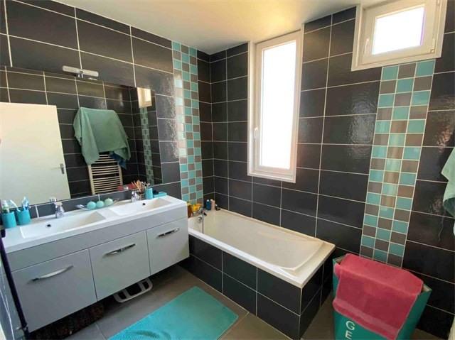 Vendita appartamento Roche-la-moliere 155000€ - Fotografia 6