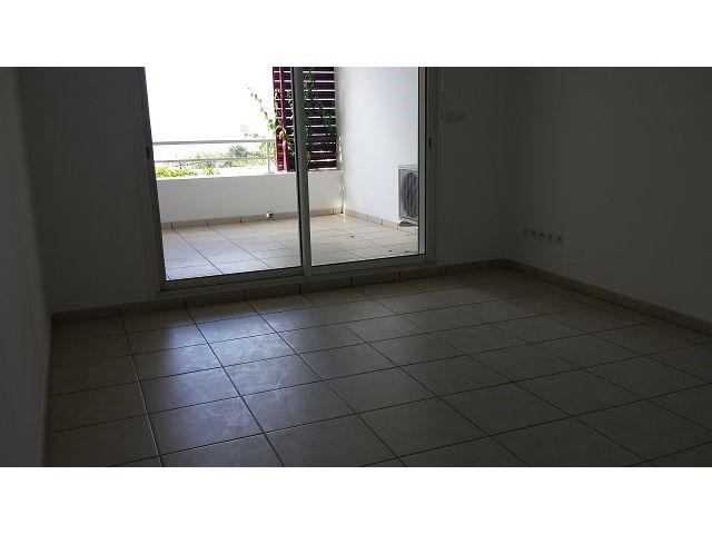 Location appartement Ste clotilde 390€ CC - Photo 4