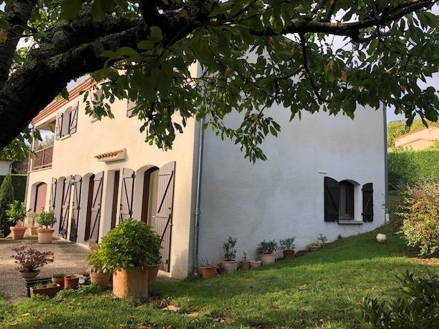Sale house / villa Puygouzon 285000€ - Picture 2