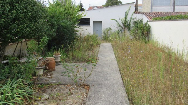 Vente maison / villa Saint jean d'angely 106 500€ - Photo 2