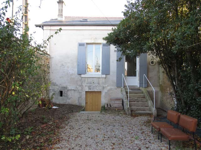 Vente maison / villa Saint jean d'angely 132 750€ - Photo 1