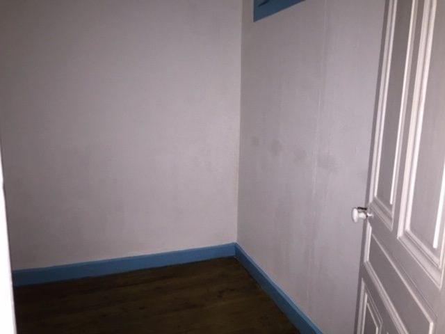 Location appartement Villefranche-sur-saône 550€ CC - Photo 5