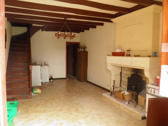Sale house / villa Saint jean d'angely 57 150€ - Picture 4
