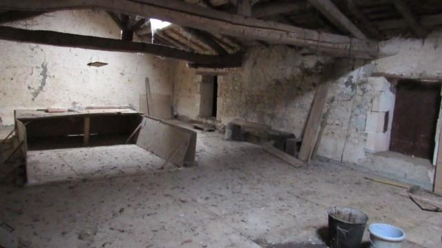 Vente maison / villa Saint jean d'angely 59250€ - Photo 6