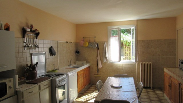 Sale house / villa La chapelle baton 127 500€ - Picture 5