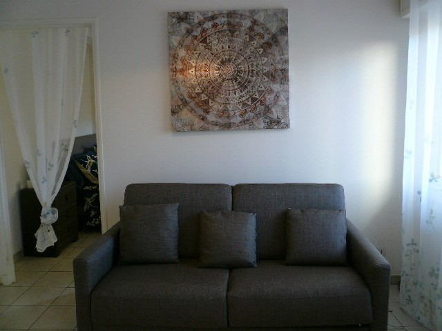 Rental apartment Nice 810€ CC - Picture 3