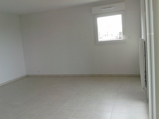 Rental apartment Fréjus 990€ CC - Picture 4