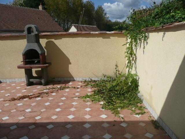 Rental house / villa Menetreol sur sauldre 436€ CC - Picture 3