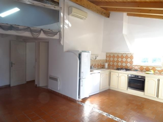 Vente maison / villa Puyloubier 359900€ - Photo 6