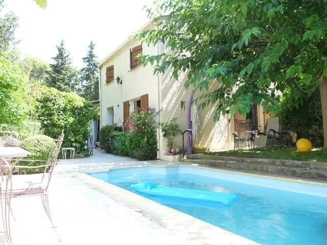 Investment property house / villa Mimet 540 000€ - Picture 1