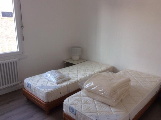 Rental apartment Larmor baden 690€ CC - Picture 4